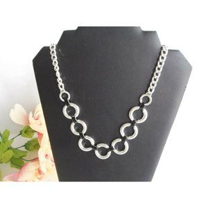 Vera Bradley Enamel Circle Chain Necklace